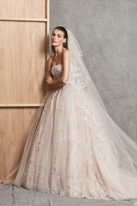 love this v neck wedding dress