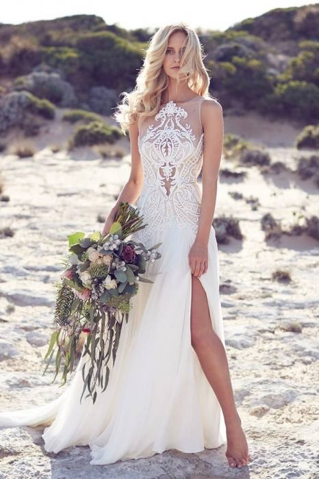 Discount 2018 New Designer Lace Appliques Wedding Dresses Summer Boho Long  Sleeves Arabic African Style A Line Sweep Train Bridal Gowns A Line Chiffon