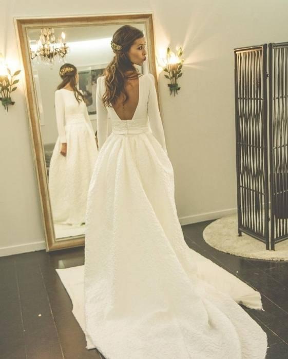 Backless Beach Wedding Dress BC913