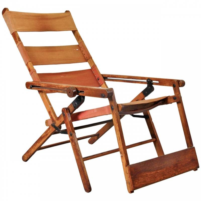 Slightly different model homemade chair of scaffold wood
