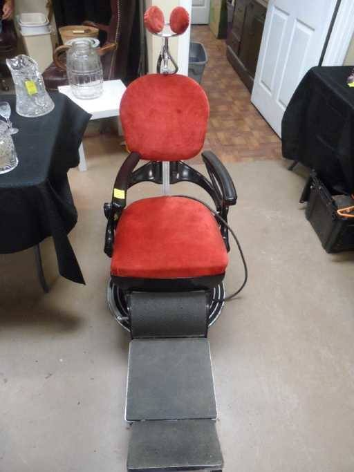 Ritter Evolution 75 Model 119 Medical Powered Procedure Chair