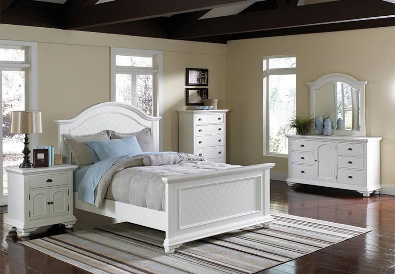 The Charles Bedroom Set features a silver finish with mirror accents on all  case pieces along with the footboard of the bed