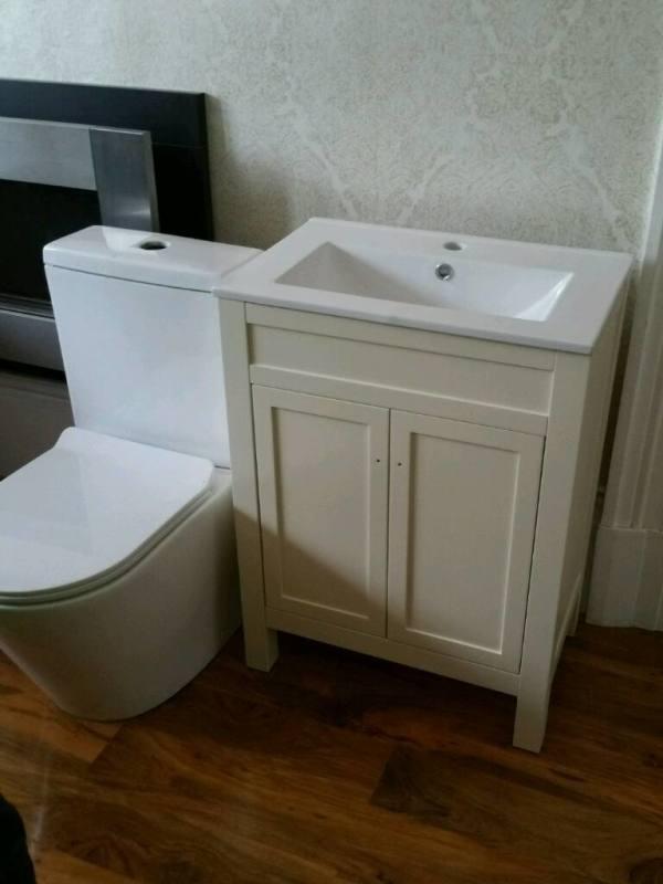 1200 mm Modern Walnut Bathroom Vanity Unit Basin