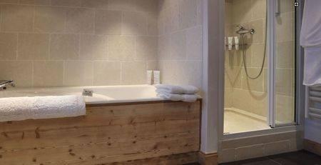 bath remodel St