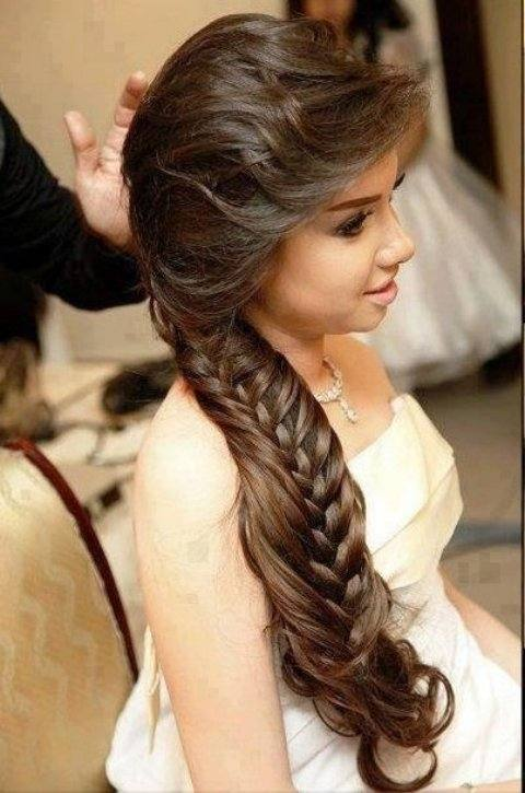 How to do wedding hairstyles for long hair? You can choose a wedding  hairstyle form various websites or magazines