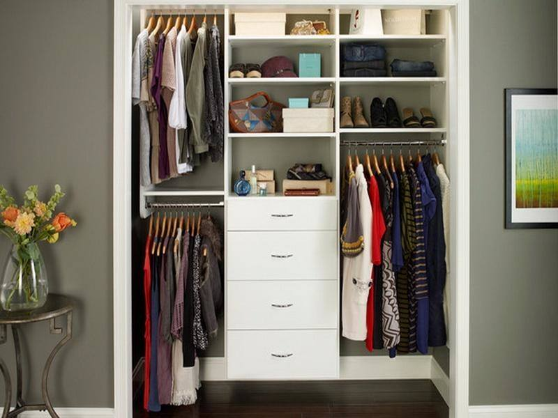 I'm totally swooning over the entire closet makeover Via Organizing Home Life