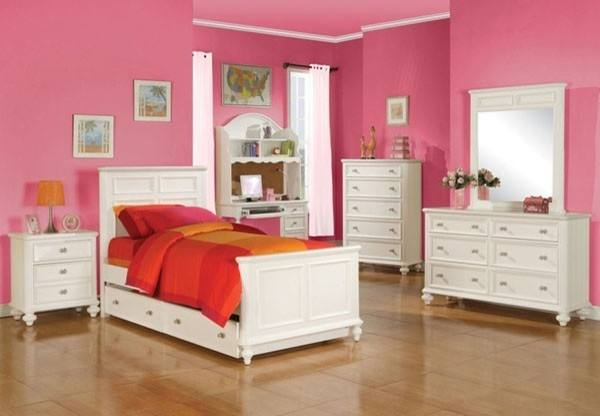 J&M Furniture Zoe Storage Bedroom