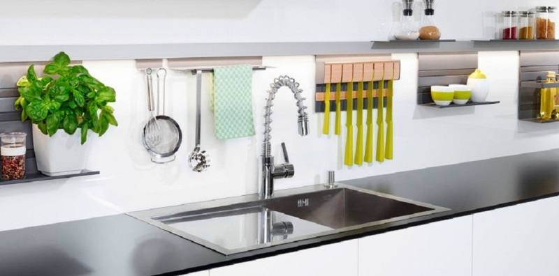 From bold design choices to affordable appliances, our kitchen decorating ideas and inspiration pictures will help make this everyone's favorite room in the