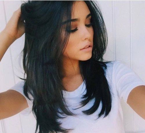 Is Razor Cut Hair Right for You – Visual Makeover Inspiration Of Razor Cut Hairstyles for Medium