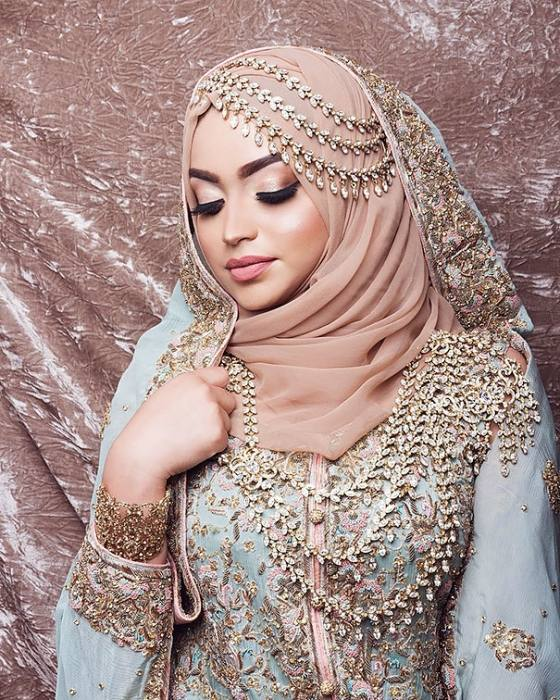 Buy discount Graceful Tulle High Collar Neckline Ball Gown Arabic Islamic  Wedding Dresses With Beaded Lace Appliques at Ailsabridal