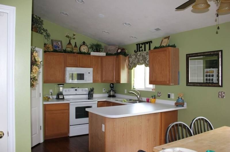Medium Size of Kitchen:green Kitchen Cabinets Green Kitchen Cabinets Beautiful Kitchen Ideas Green Elegant