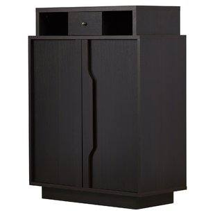 BISSA Shoe cabinet with 3 compartment.