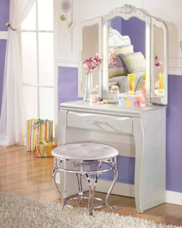 Teenage Bedroom Furniture With Desks Youth Sets For Boys Girl Ideas  Toddler Childrens Bookcase Small Rooms