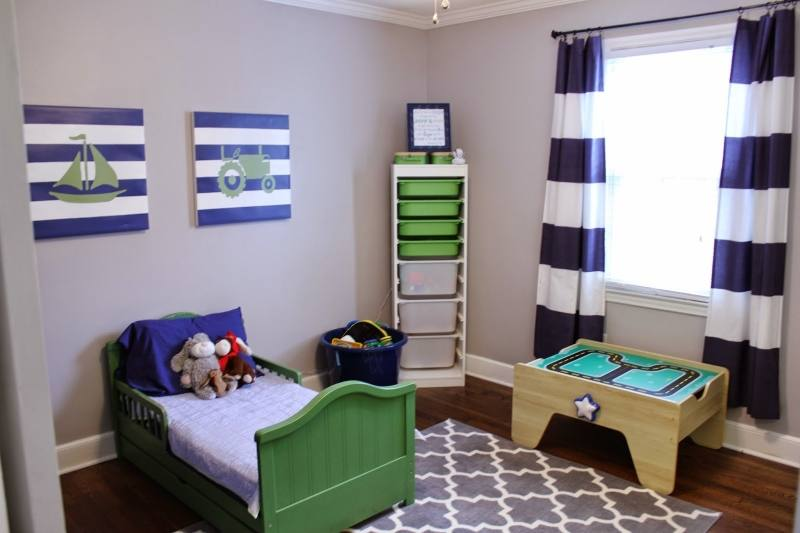 Decorating your child's room is not an intricate job, but a creative effort nonetheless