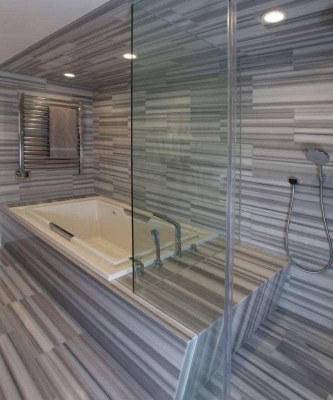 light grey and white bathroom ideas