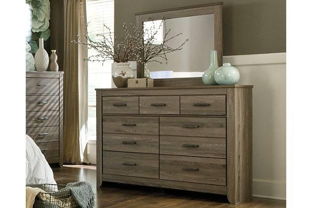 Picture of Zelen Dresser