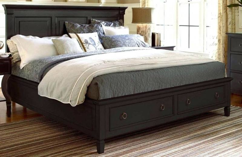 3 Piece Kathleen Queen Bedroom Set with 2 Side Table in Black Gray