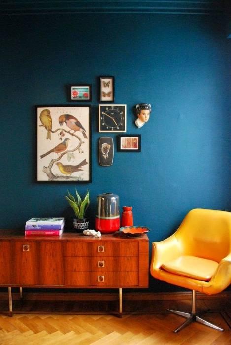 blue accent wall dark