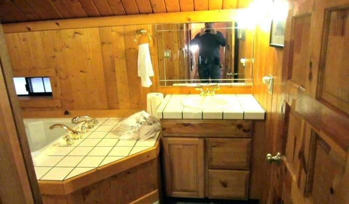 Bathroom Remodel Medium size Rustic And Log Cabin Bathroom Decor Ideas  Wall Mountain Old Cabins In