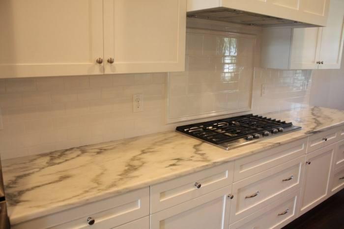 Kitchen Backsplash Design Ideas : Cool Kitchen Design With Cool Glass  Backsplash And Cool Kitchen Cabinet