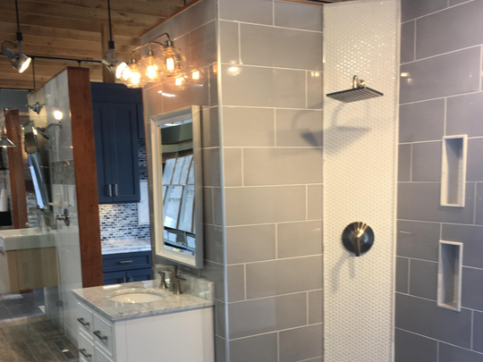 baby nursery: Extraordinary Bathroom Shelf Decorating Ideas Expert Design  Amazing For House Ideas: Full