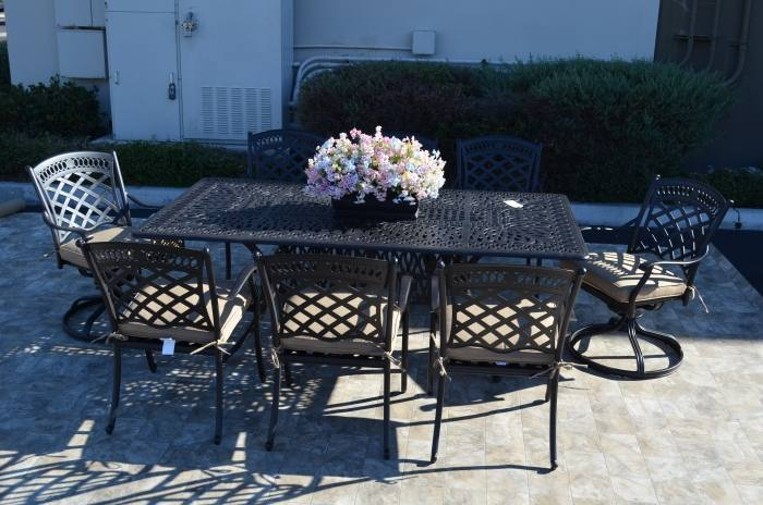 Tropitone Furniture Company offers a large portfolio of residential outdoor  furniture and accessories specifically designed for any poolside, garden,  patio,