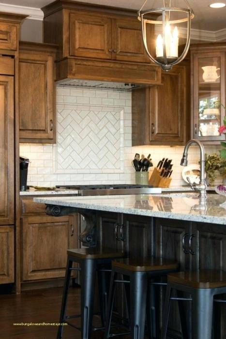 accent backsplash
